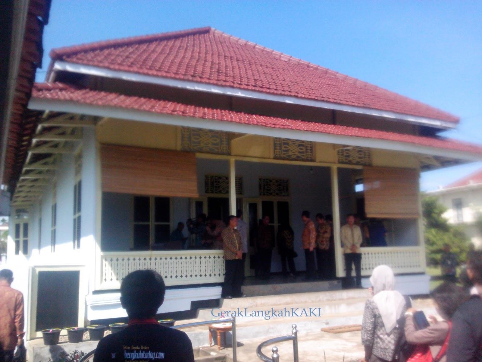 Berkunjung Rumah Pengasingan Bung Karno Bengkulu Kota