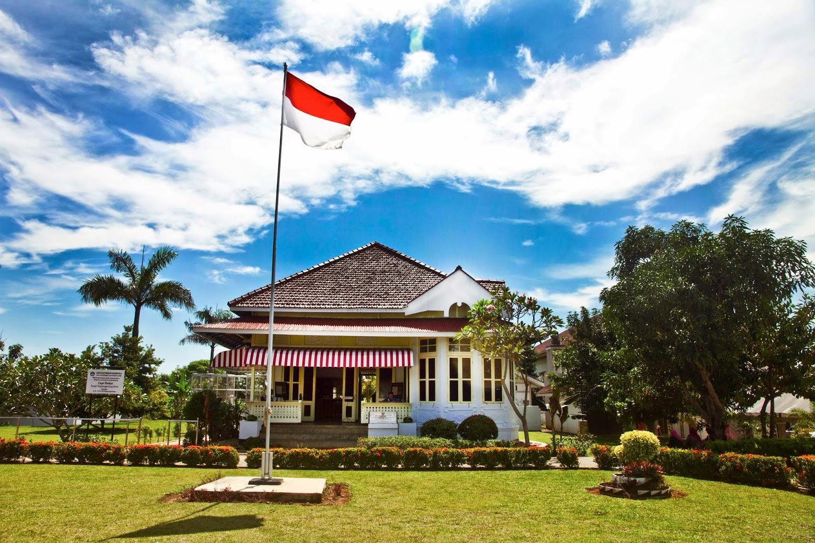 Inilah Enam Tempat Pengasingan Soekarno Sportourism Id Rumah Bung Karno