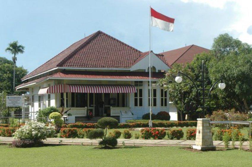 Menemukan Makna Cinta Tanah Air Rumah Pengasingan Soekarno Antara Destinasi