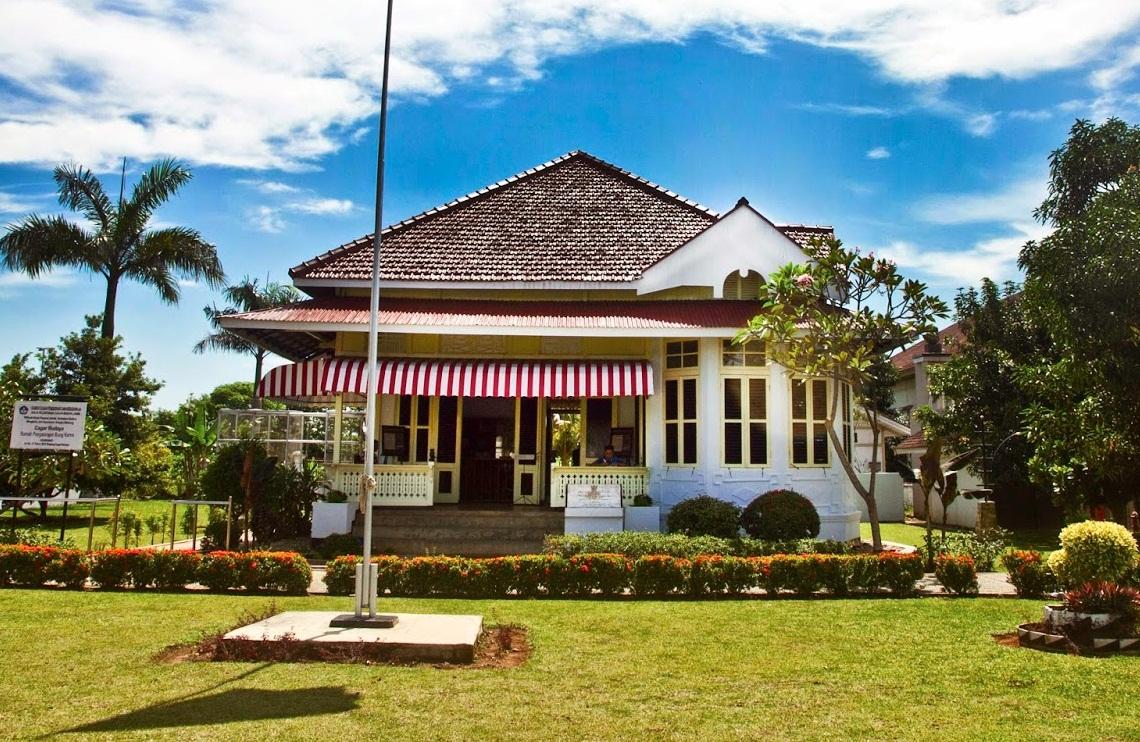Peninggalan Sejarah Provinsi Bengkulu Tentang Rumah Tempat Tinggal Pengasingan Bung