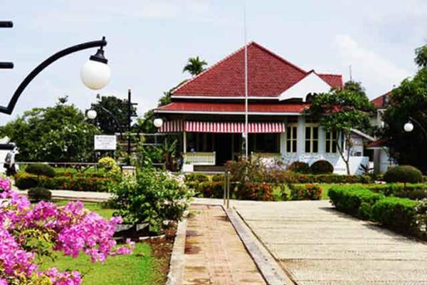 Ridwan Kamil Kunjungi Rumah Bung Karno Bengkulu Pengasingan Istimewa Kota