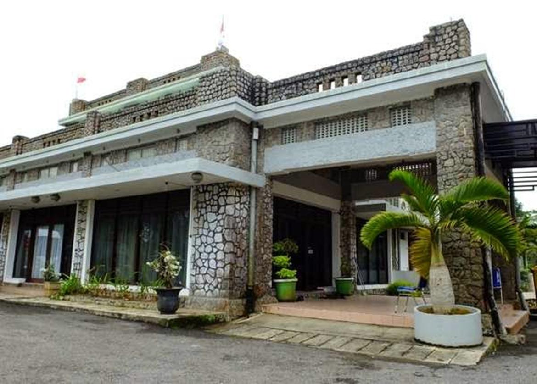 Villa Menumbing Tempat Pengasingan Bung Karno Bangka Dipenjara Penjara Sukamiskin