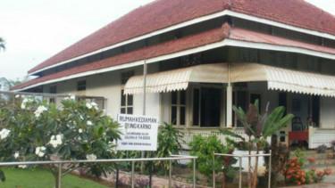 Wisata Sejarah Rumah Pengasingan Bung Karno Viva Bengkulu Kota