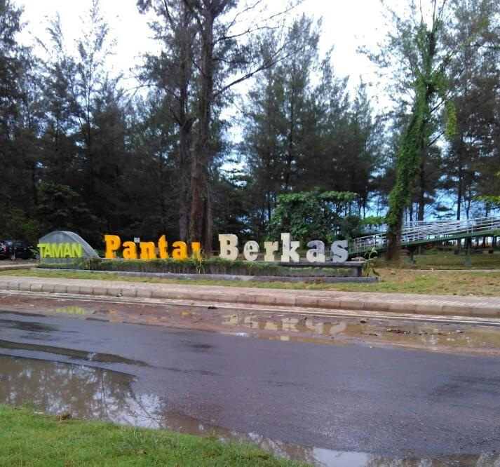 Loisa Story Taman Pantai Berkas Bengkulu Kota