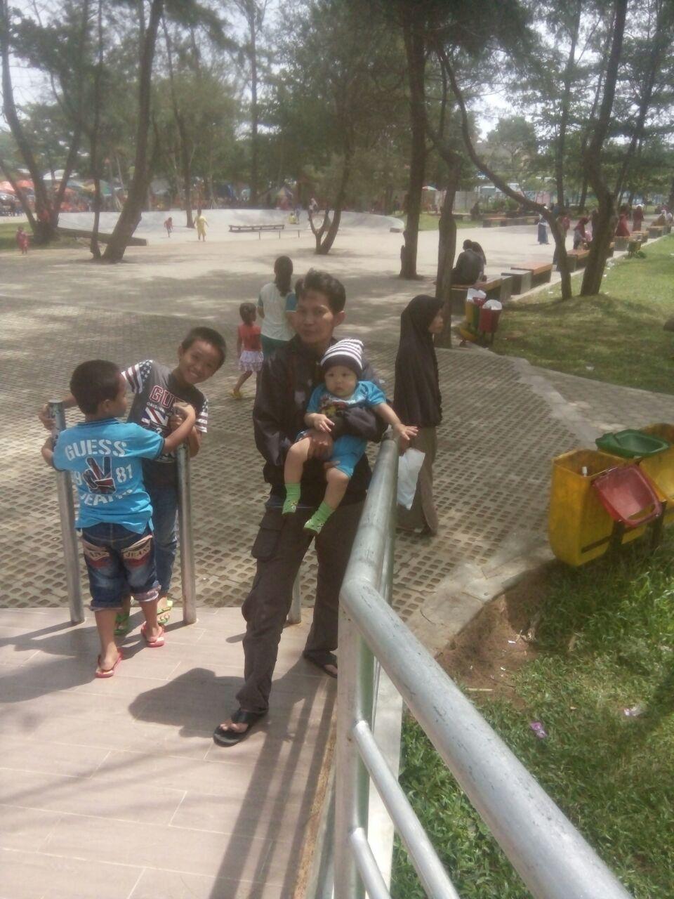 Mari Bertamasyah Taman Pantai Berkas Kota Bengkulu Wartahukum Net