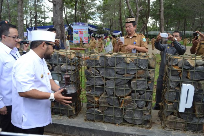 Perkuat Pariwisata Bengkulu Walikota Resmikan Rth Pantai Berkas Helmi Hasan