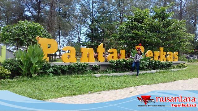Taman Berkas Bengkulu Tempat Wisata Kece Badai Nusantara Terkini Pantai