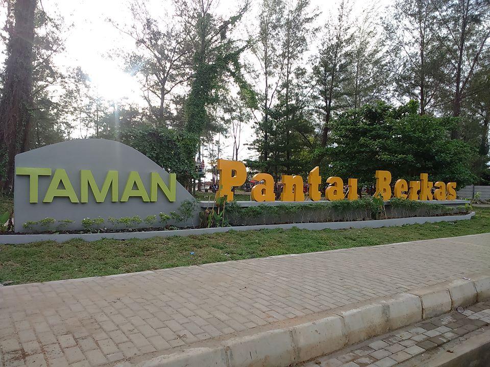 Taman Hitz Bengkulu Pantai Berkas Kota