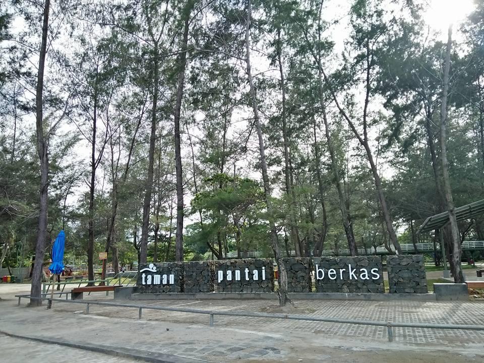 Taman Pantai Berkas Tempat Wisata Kota Bengkulu Tetap Salah Satu