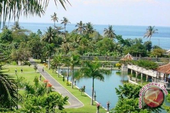 Pemkot Bengkulu Bangun Taman Hijau Kota Antara News Wisata Keluarga