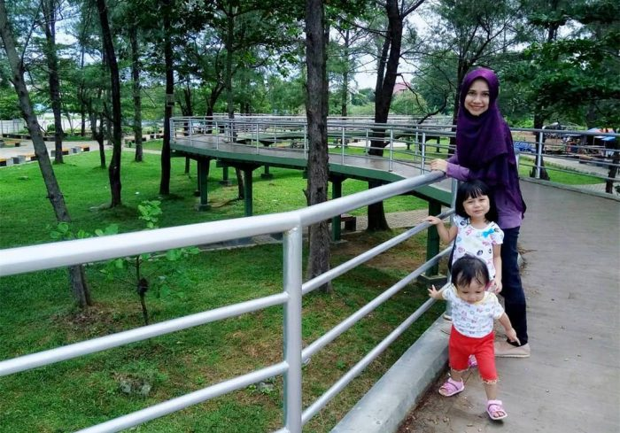Serunya Liburan Keluarga Taman Pantai Berkas Pedoman Bengkulu Foto Steffi