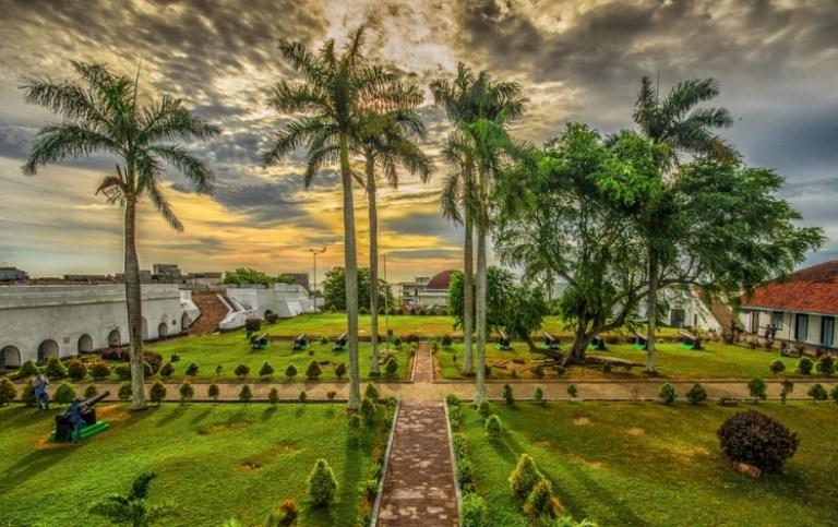 Tempat Wisata Bengkulu Wajib Kunjungi 13 Taman Keluarga Kota