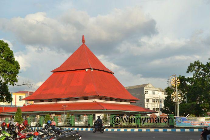 Trip Bengkulu Winny Marlina Masjid Jamek Tugu Pers Kota