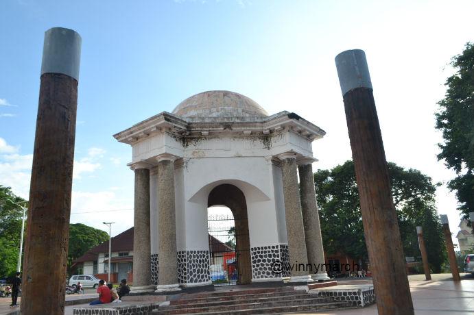 Wisata Sejarah Tugu Thomass Parr Bengkulu Winny Marlina Pers Kota