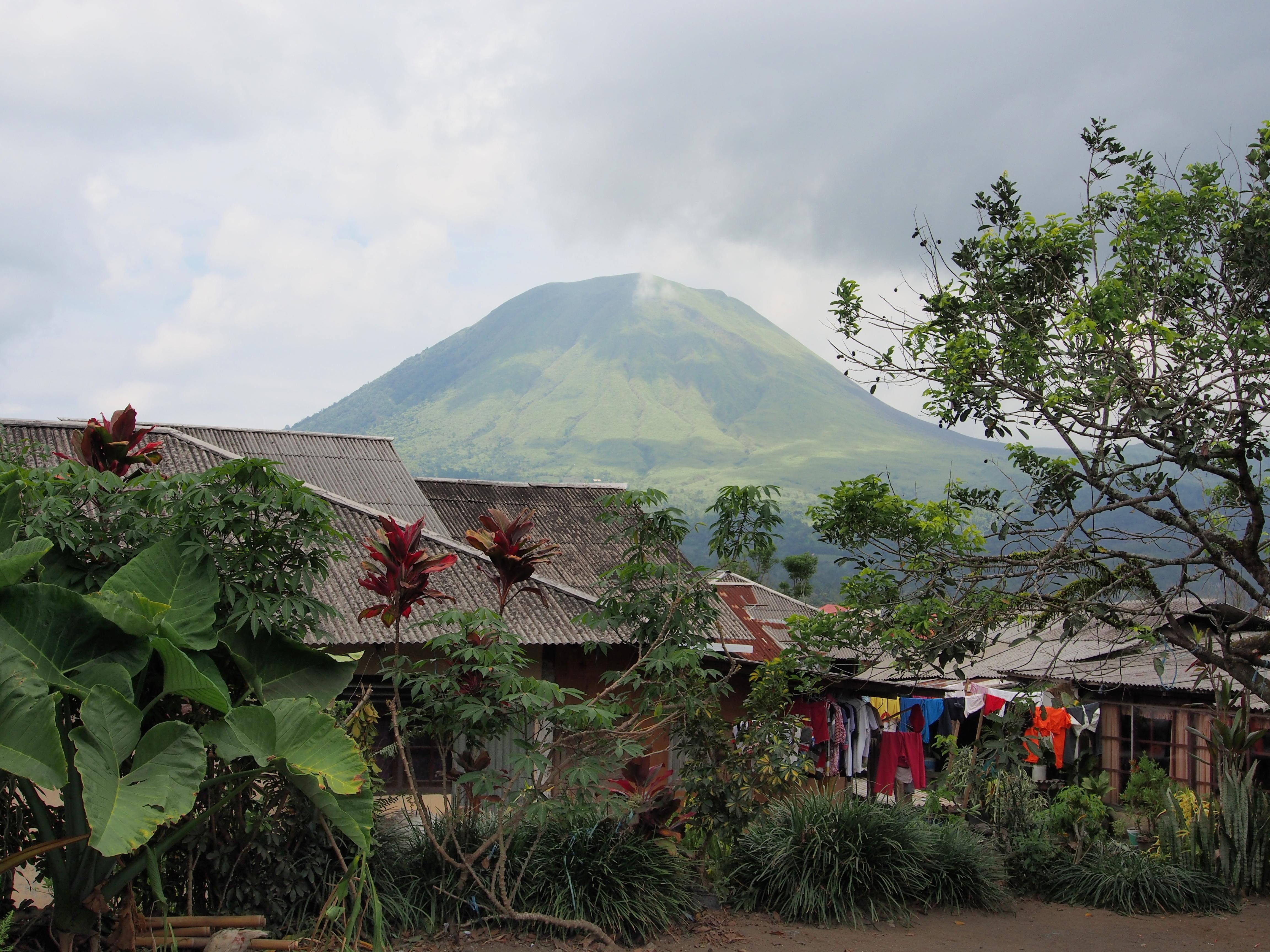 Tangkoko Batuangas Dua Saudara Nature Reserve Road Asia Gunung Lokon