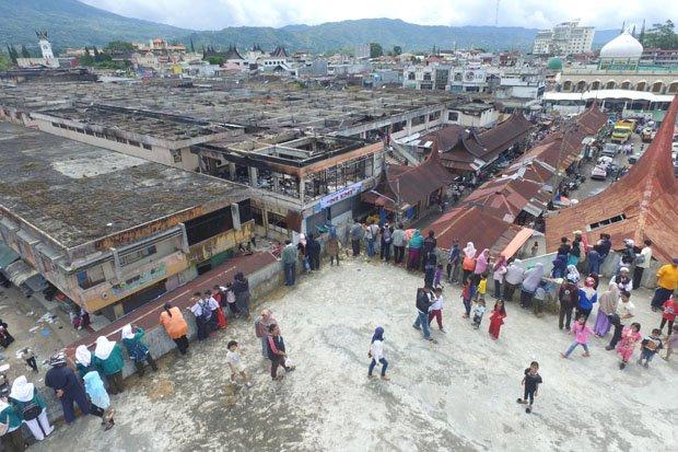 3 Terluka Kebakaran Pasar Atas Bukittinggi Kerugian Ditaksir Rp50 Miliar