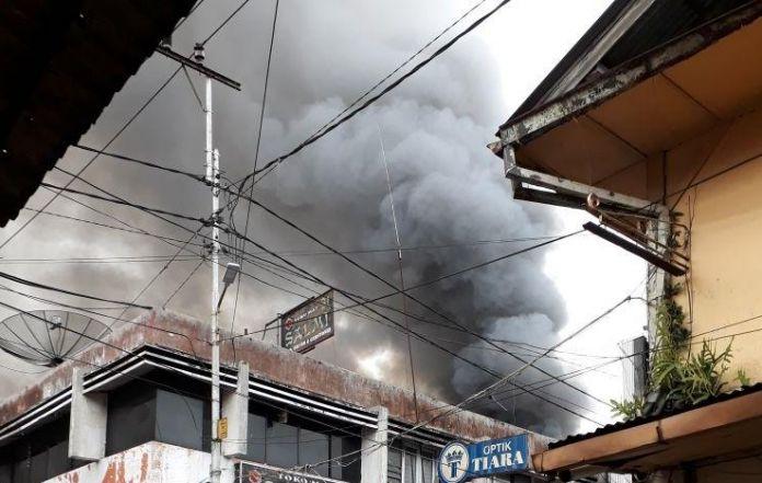 Bukittinggi Pasar Atas Shopping Center Fire Kota