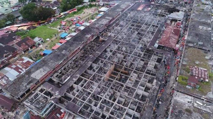 Diamuk Api Pasar Atas Bukittinggi Tinggal Kerangka Penampakannya Kota