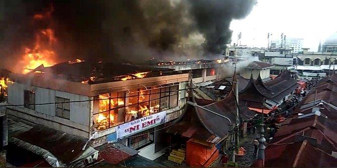 Pagi Pasar Atas Bukittinggi Dilahap Jago Merah Merdeka Kebakaran 2017