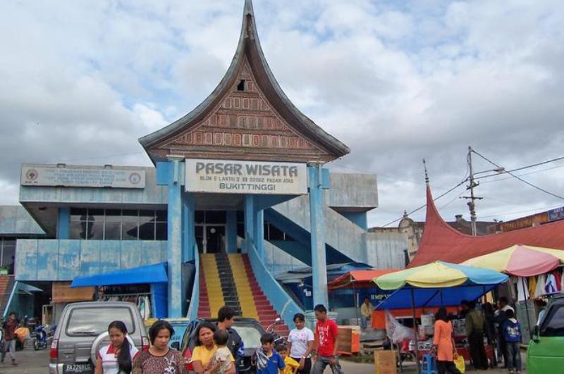 Pasar Wisata Bukittinggi Beralihfungsi Portal Berita Bisnis Atas Kota