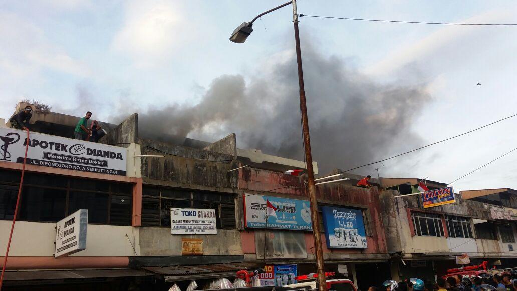 Pimpinan Dprd Tinjau Lokasi Kebakaran Depan Terminal Simpang Aur Sebab