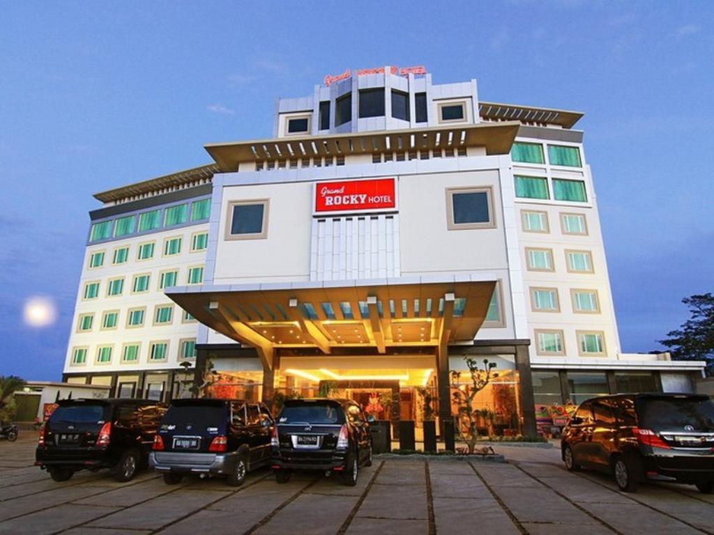 Price Grand Rocky Hotel Bukittinggi Reviews Pasar Atas Kota