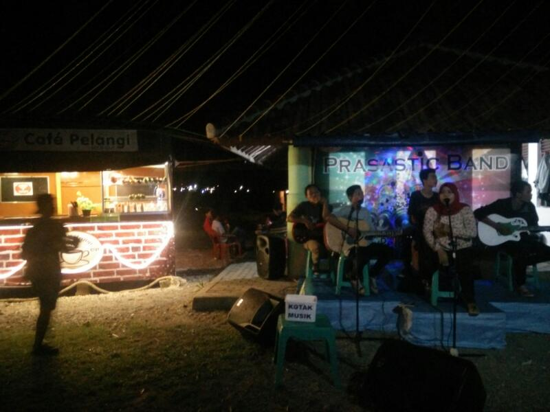 Cafe Sold Suasana Alam Pantai Mabak Eksotis Membawa Kedamaian Ditengah