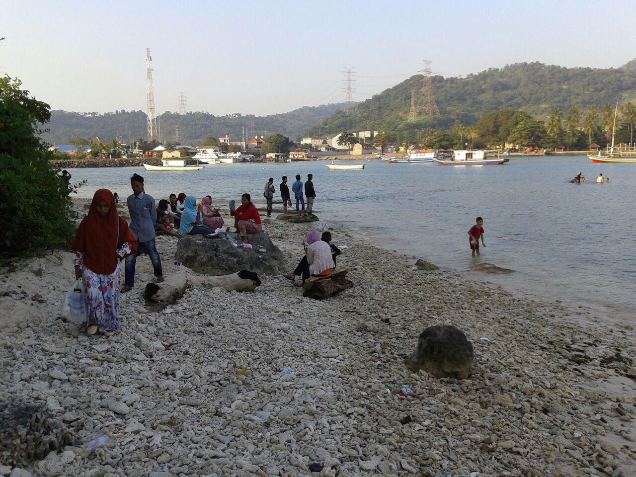 Dirawat Oleh Pemuda Pulau Merak Kecil Makin Ramai Dikunjungi Wisatawan