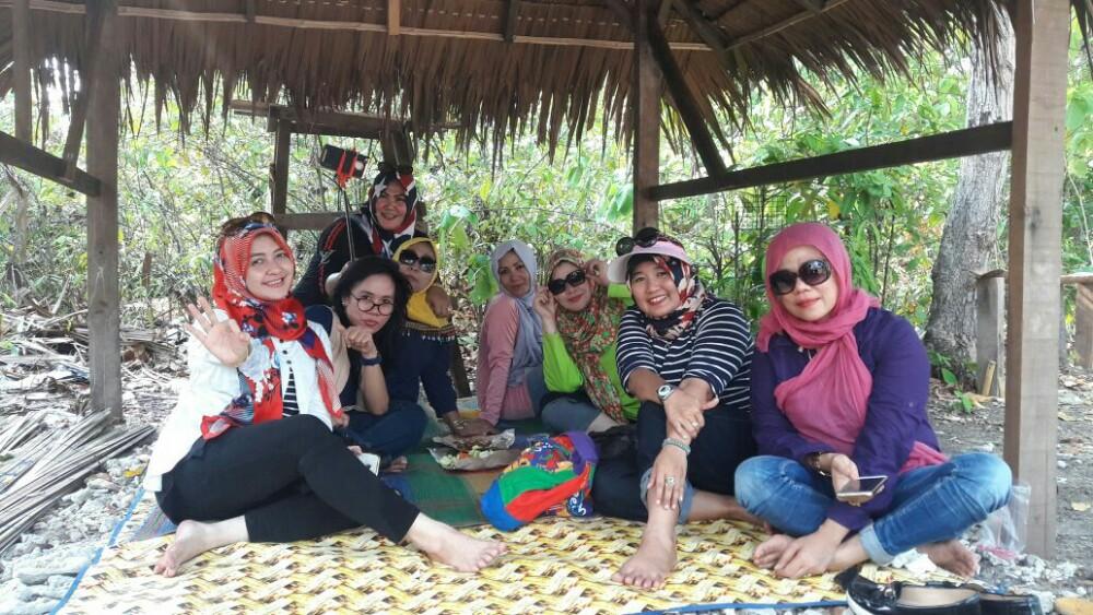 Iwapi Kota Cilegon Berkunjung Pulau Merak Kecil Wisata Juwati Salah