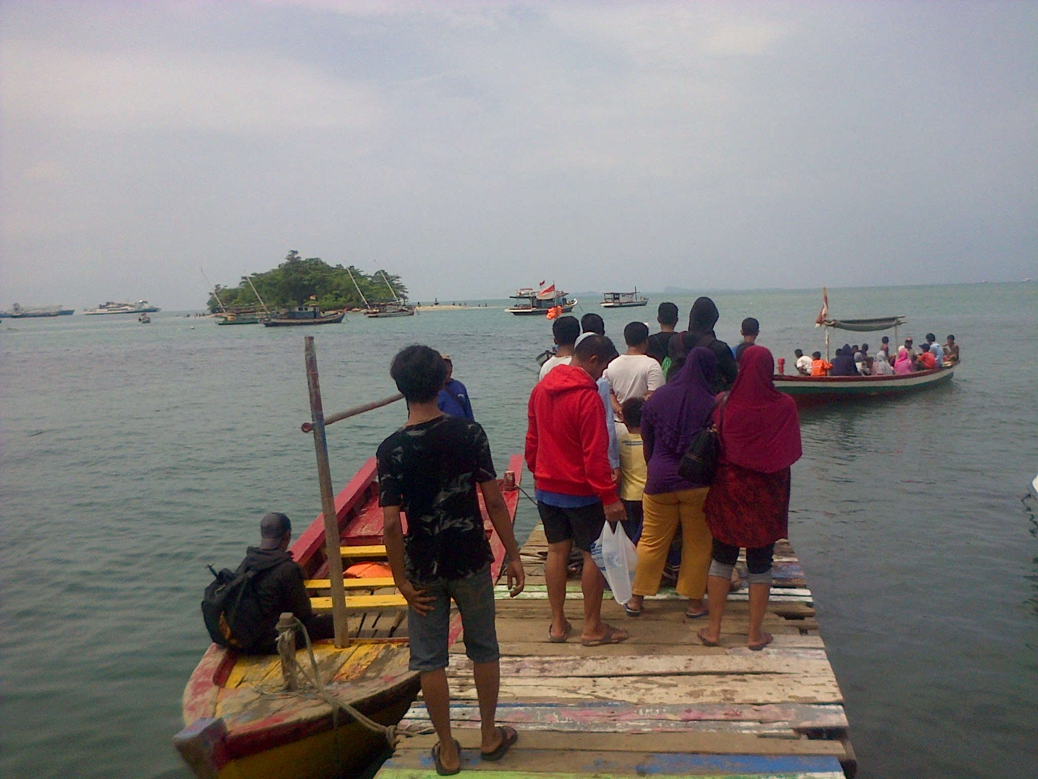 Pulau Merak Kecil Wisata Pantai Alternatif Kota Cilegon Wisatawan Menyeberang