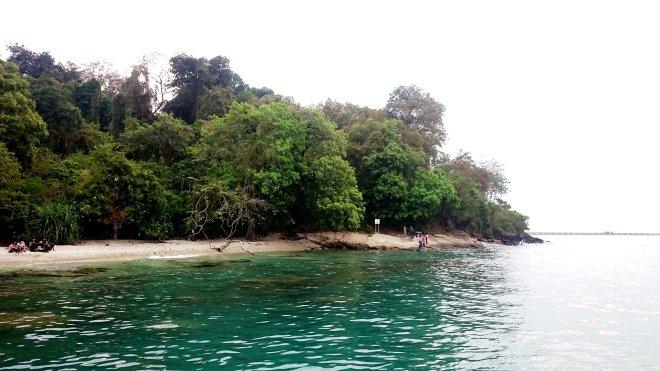 Tempat Wisata Cilegon Merak Pantai Mabak Kota