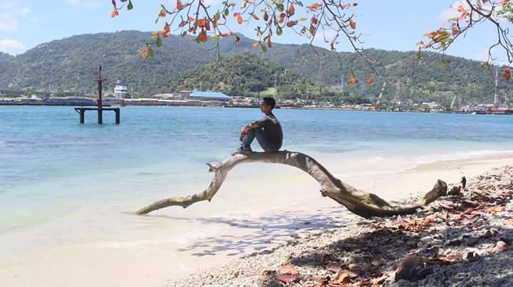 Wisata Murah Pulau Indah Badak Pos Pantai Mabak Kota Cilegon