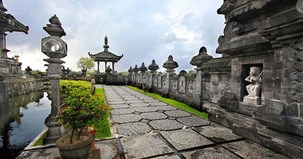 Bajra Sandhi Monument Puputan Park Denpasar Location Entry Fee Bali