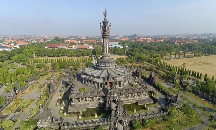 Daya Tarik Objek Wisata Bajra Sandi Renon Panjer Denpasar Bali