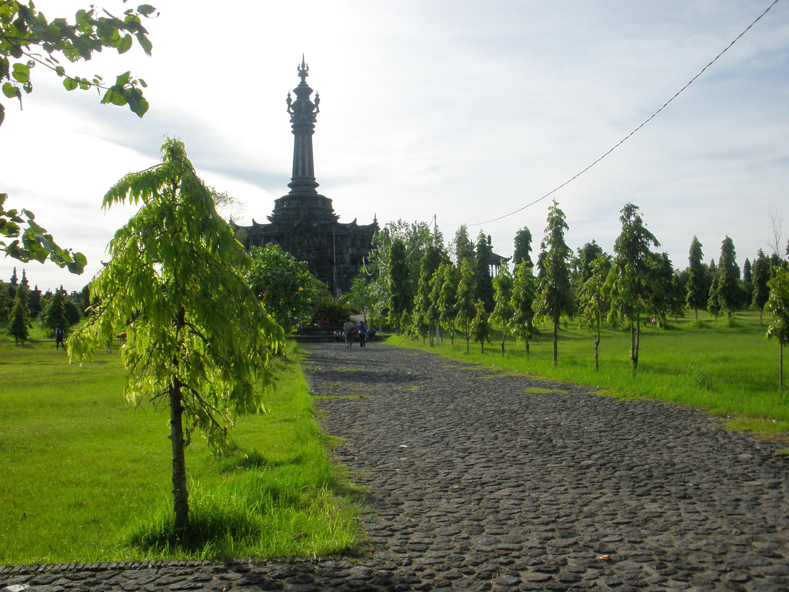 Lapangan Renon Bajra Sandi Bali Paradise Latar Belakang Monumen Perjuangan