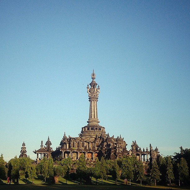 Monumen Bajra Sandhi Simbol Perjuangan Rakyat Bali Diwira Tour Renon