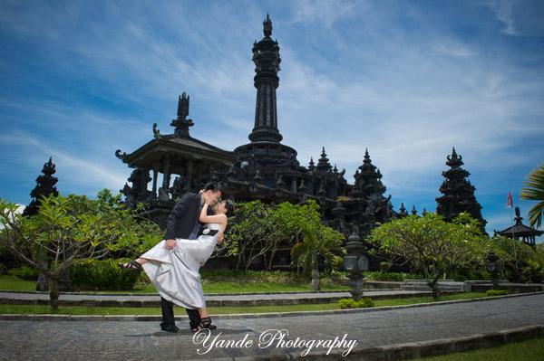 Pre Wedding Photos Sample Bajra Sandhi Yande Photography Bali Renon