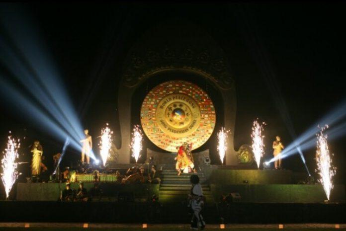Wisata Sambil Belajar Tradisi Desa Budaya Kertalangu Sinergi Jawa Bali