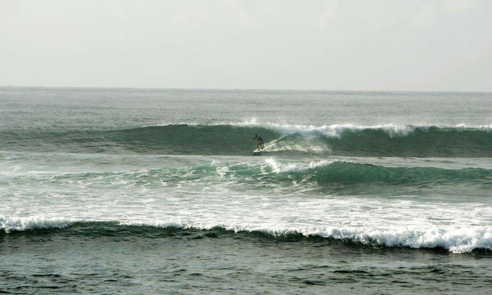 7 Lokasi Surfing Terbaik Bali Kura Guide Pantai Serangan Terletak