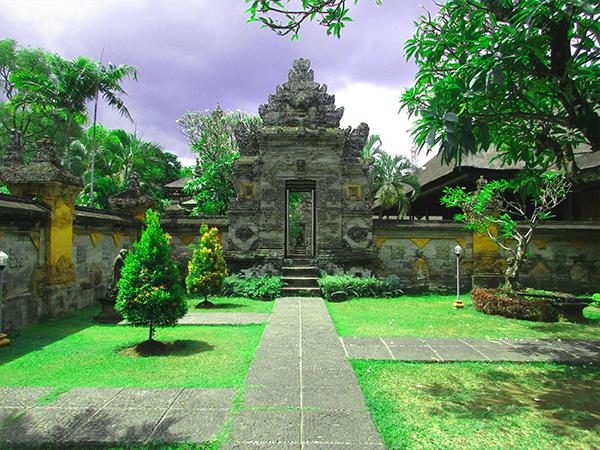Tempat Wisata Museum Bali Denpasar Kota