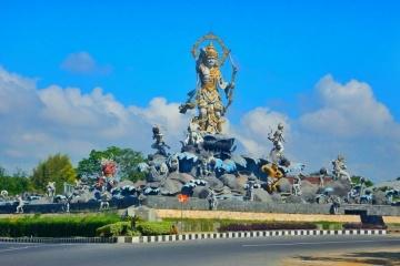 Bali Day Tour Nadi Tours Patung Titi Banda Kota Denpasar