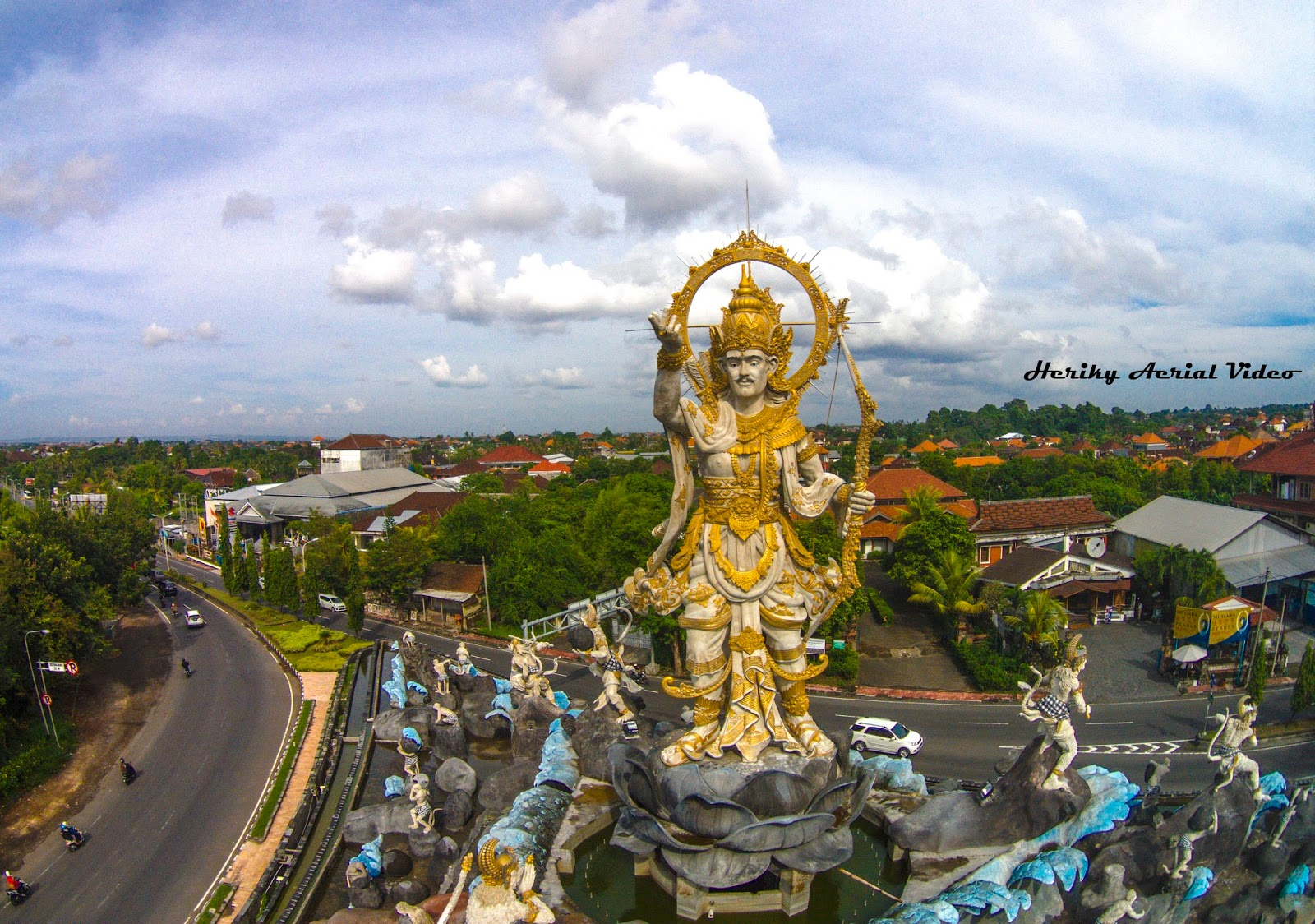 Jasa Video Foto Aerial Ikon Kota Denpasar Patung Titi Banda