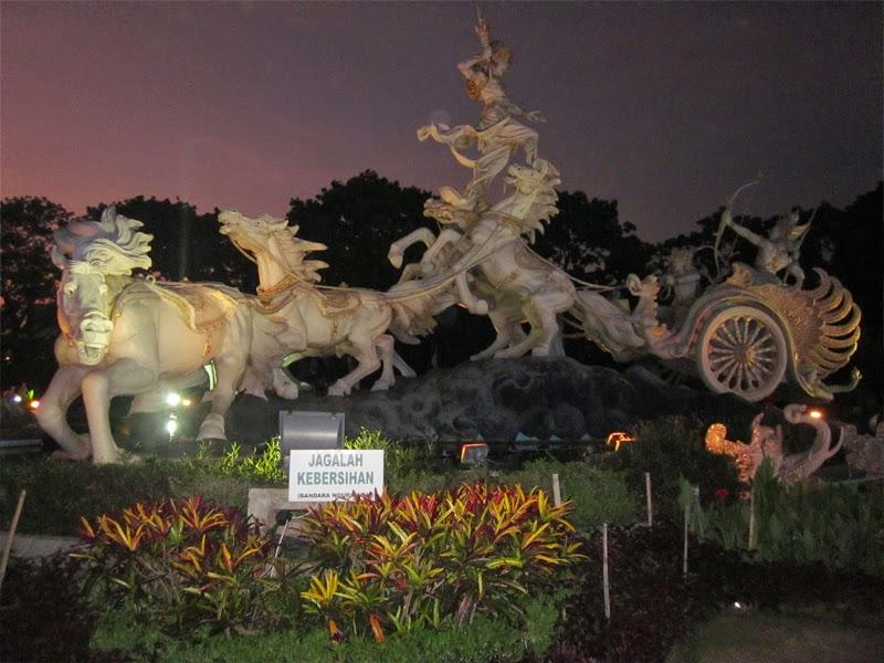 Tempat Wisata Patung Kuda Satria Gatotkaca Badung Bali Titi Banda