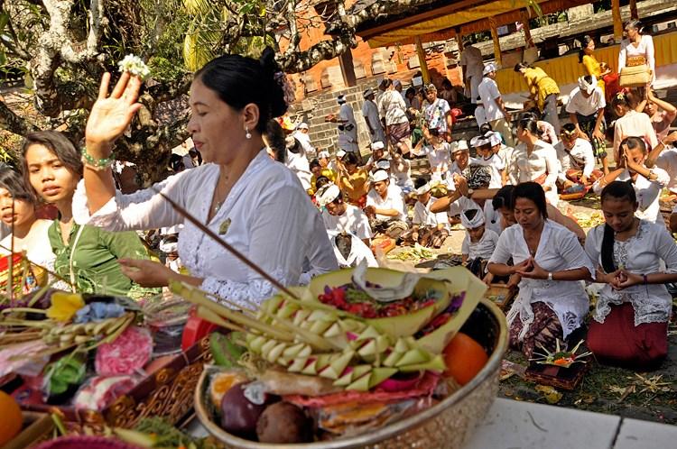 Jagatnatha Grand Temple Pesona Denpasar Hari Raya Galungan Pura Jagatnata