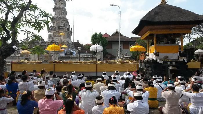Pamedek Memadati Pura Jagatnatha Denpasar Tribun Bali Agung Kota