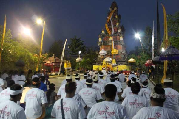 Pura Agung Jagat Natha Tur Bali Jagatnatha Kota Denpasar