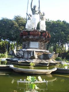 Tepat Seberang Alun Kota Terdapat Pura Agung Jagatnatha Jalan Mayor