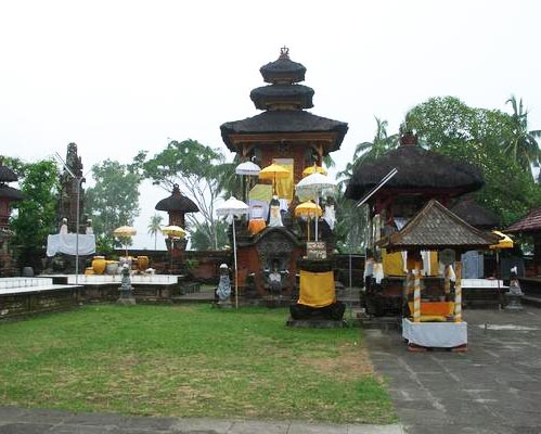 Aruna Bhuana Tours Travel Tirtayatra Jawa Timur Pura Rambut Siwi