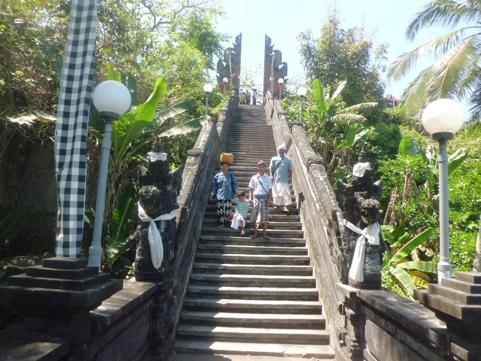 Pura Rambut Siwi Yeh Embang Wayan Suyasa Bali Kota Denpasar