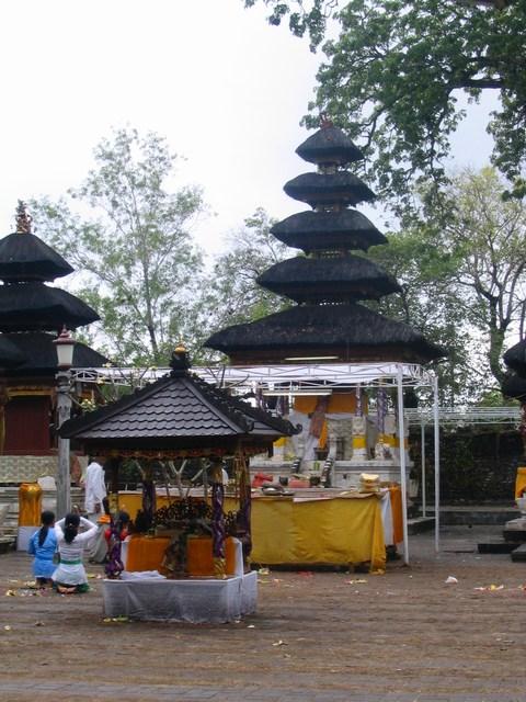 Sakenan Temple Pura Denpasar Kota